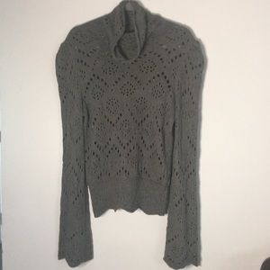 Free people Gray Sweater bell sleeves Size Medium